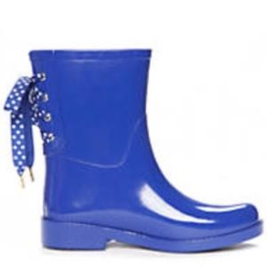 Shoes - Blue rain boots with polka dot lace